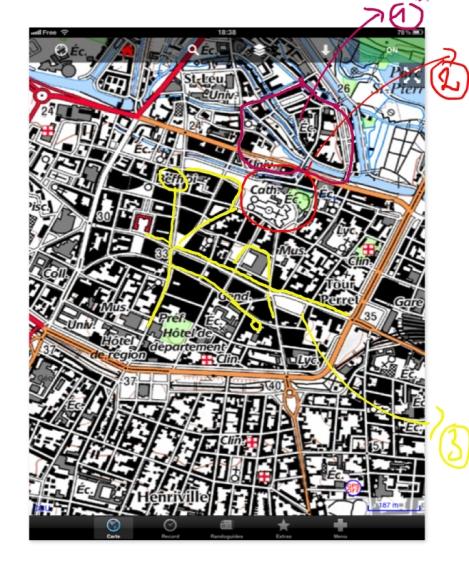 Le centre ville d'Amiens. En 1) Le quartier saint leu 2) La cathédrale 3) Les rues où se promener dans le centre